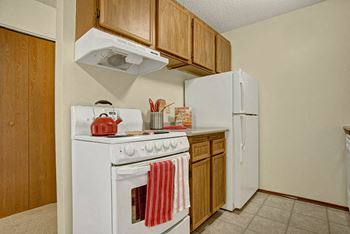 3050 2nd Ave W #1 3 Beds Apartment for Rent Photo Gallery 1