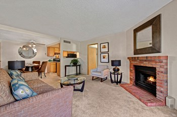 2505 E. Pikes Peak Avenue 1 Bed Apartment for Rent Photo Gallery 1