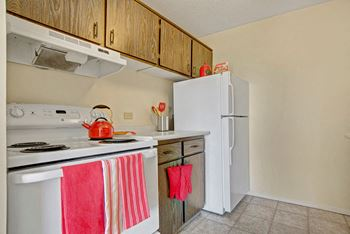 3050 2nd Ave W #1 Studio-4 Beds Apartment for Rent Photo Gallery 1