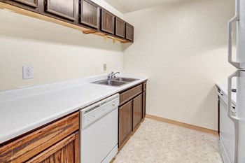 2225 Arctic Blvd Studio-3 Beds Apartment for Rent Photo Gallery 1