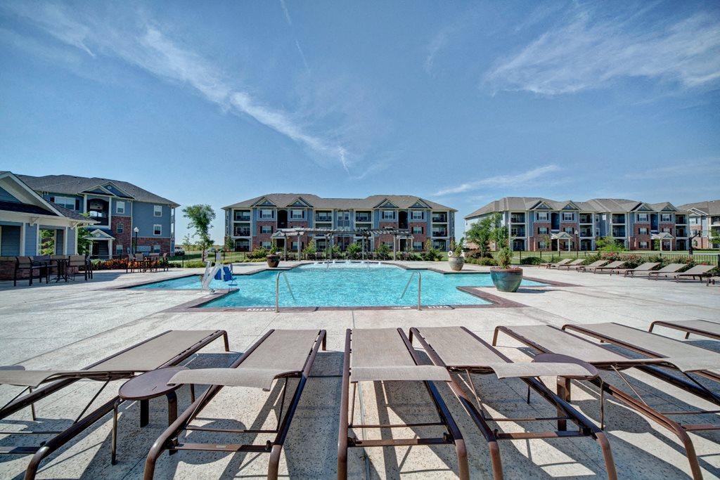 Liberty Pointe Swimmig Pool