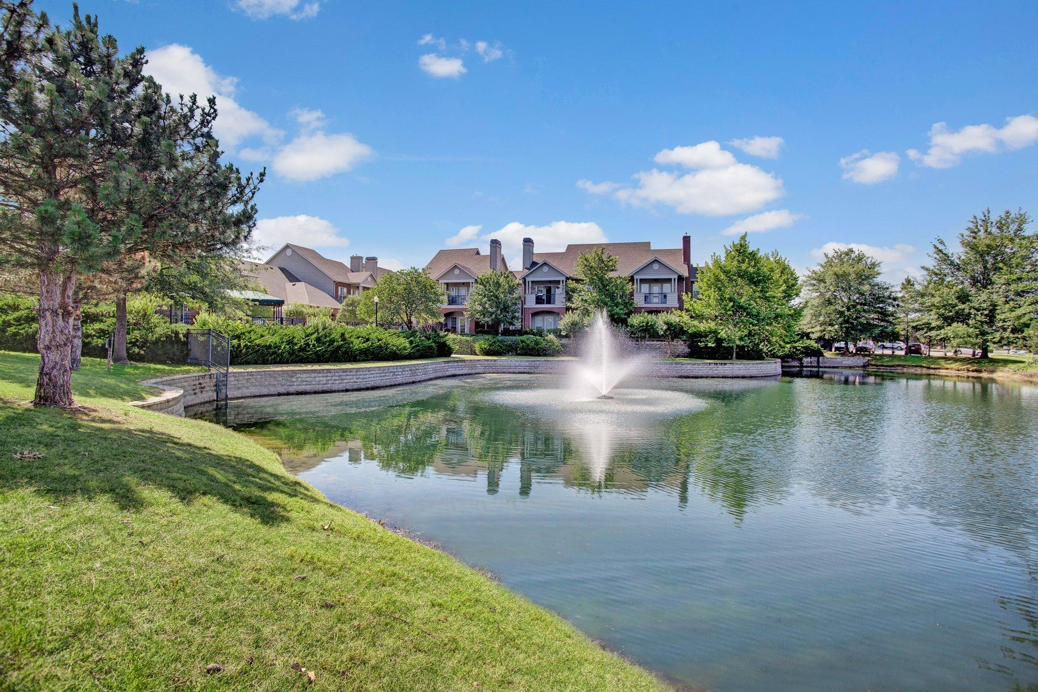 Lincoln Villas on Memorial Apartment Homes