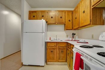 105 Cambridge Ave 1-3 Beds Apartment for Rent Photo Gallery 1