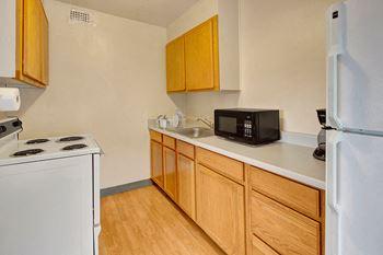 326 4th Street Studio-2 Beds Alaska for Rent Photo Gallery 1