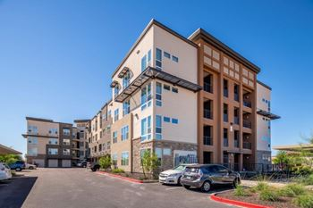2550 S San Tan Village Pkwy 1-2 Beds Apartment for Rent Photo Gallery 1