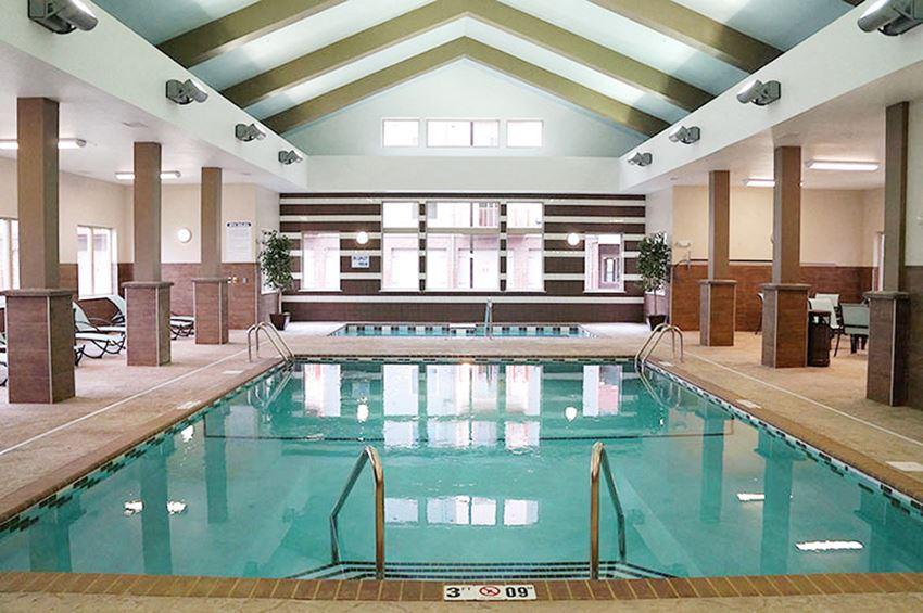 Renaissance Heights Pool