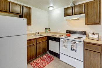 5340 East 26th Ave 2 Beds Apartment for Rent Photo Gallery 1