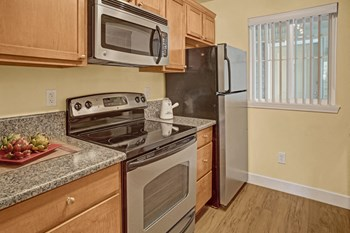 1650 Eagle Ridge Drive 1 Bed Apartment for Rent Photo Gallery 1