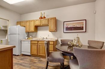 2789 E. Lake Road 1-3 Beds Apartment for Rent Photo Gallery 1