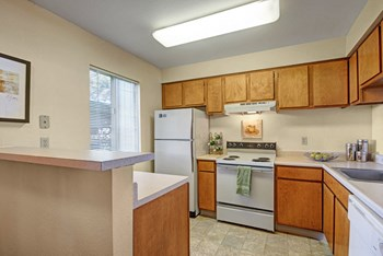 4675 Templeton Park Circle 1-3 Beds Apartment for Rent Photo Gallery 1