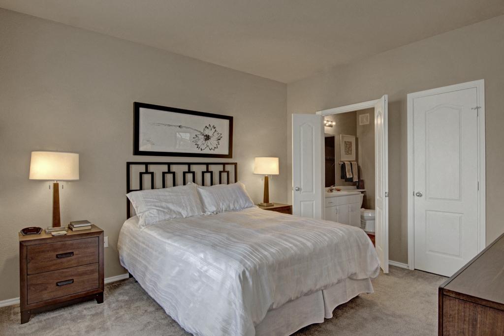Stoneleigh Bedroom