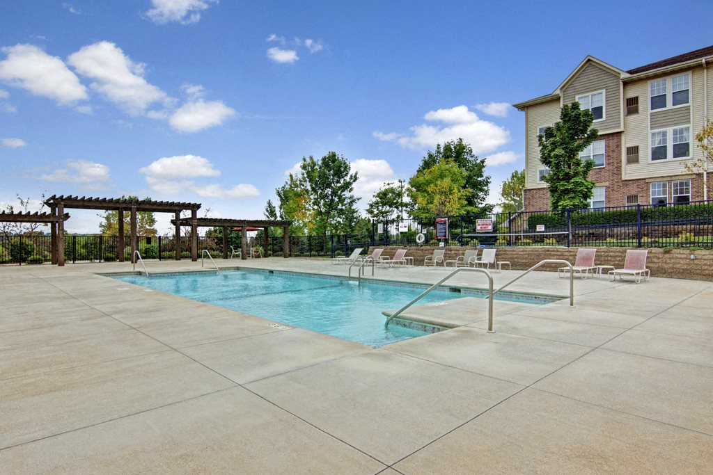 Stoneleigh Outdoor Pool