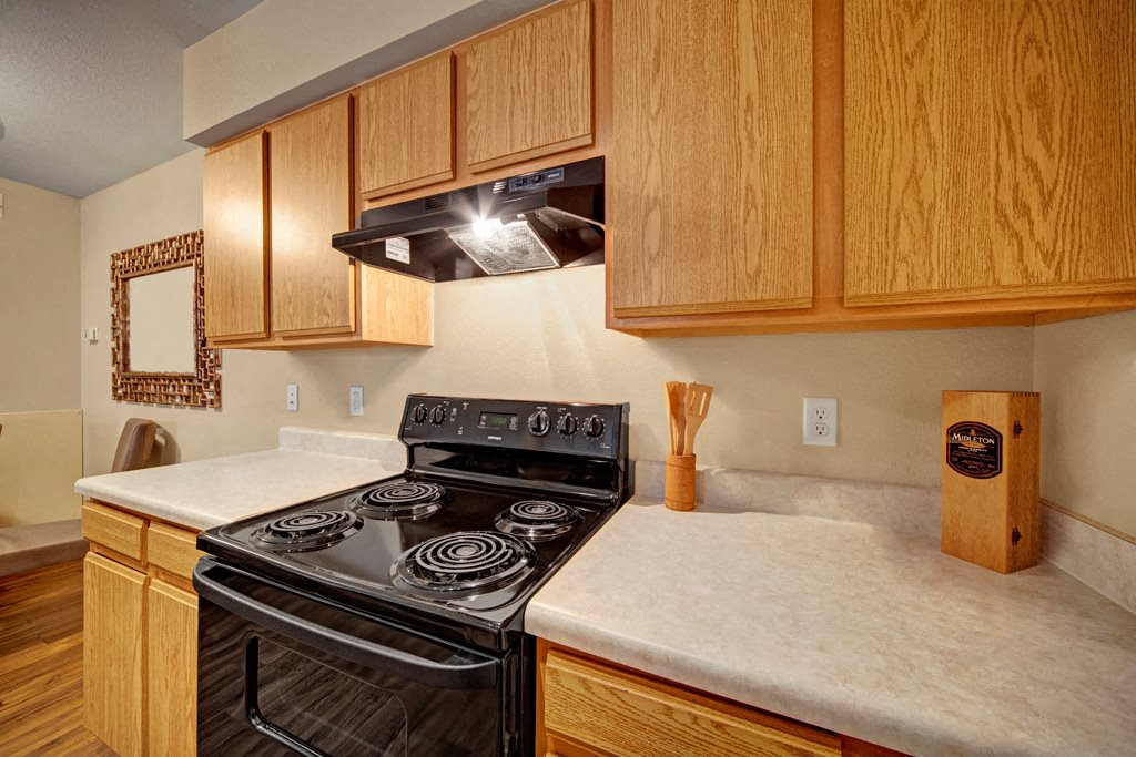 Summit Pointe Kitchen 2
