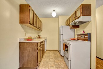 1338 Mccormack Rd 1-3 Beds Apartment for Rent Photo Gallery 1