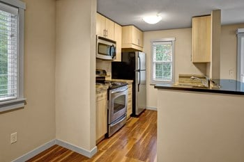 16724 Juanita Dr. NE 2 Beds Apartment for Rent Photo Gallery 1