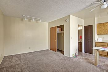 734 E Roger Road Studio-1 Bed Apartment for Rent Photo Gallery 1