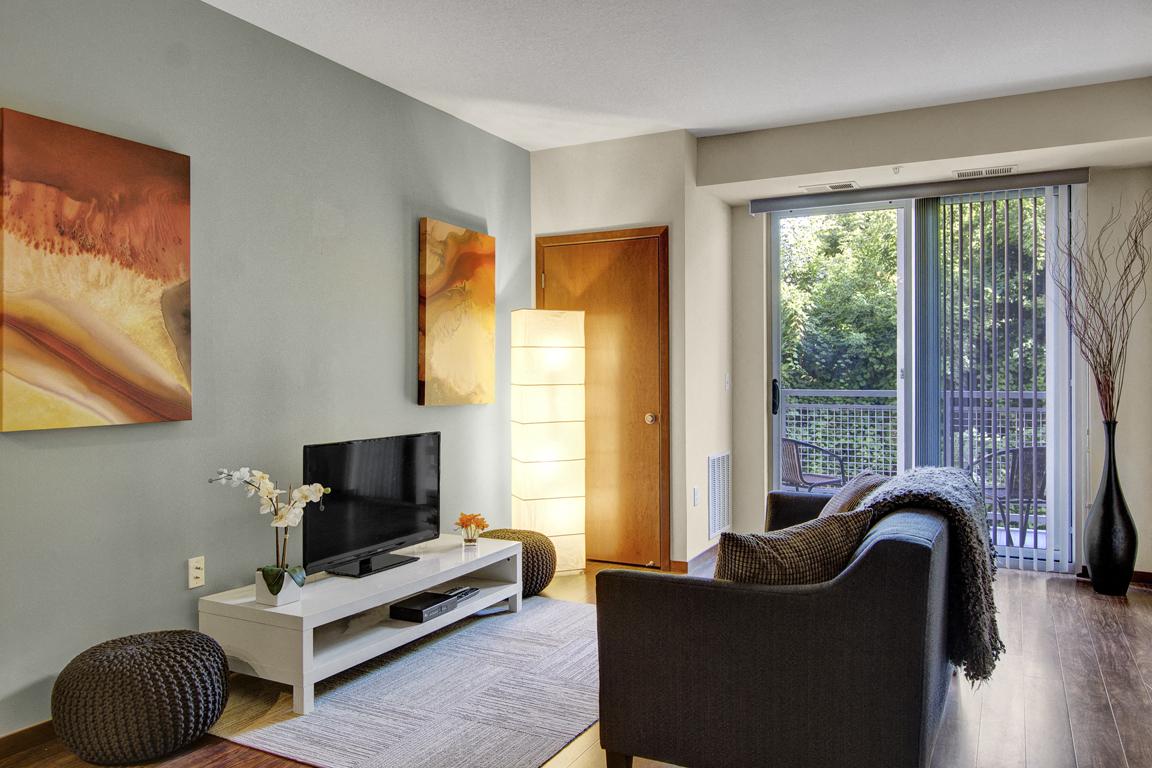 Vue Living Room