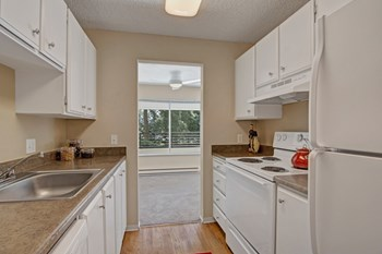 14812 Bothell Way NE 1 Bed Apartment for Rent Photo Gallery 1