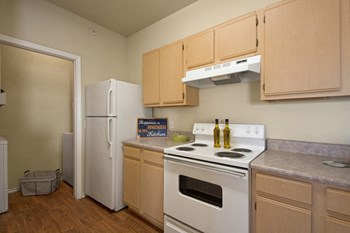 7350 South Garnett Road 1-3 Beds Apartment for Rent Photo Gallery 1