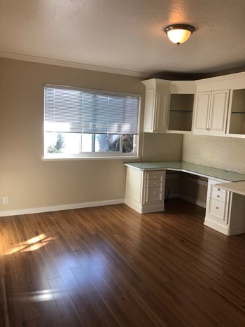 2067 La Con Court 3 Beds Apartment for Rent Photo Gallery 1