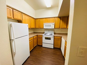 4804 Via Ventura 1-2 Beds Apartment for Rent Photo Gallery 1