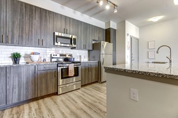 4003 N Loop 1604 W 2 Beds Apartment for Rent Photo Gallery 1