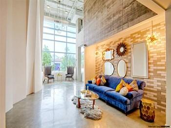 915 N La Brea Avenue Studio-3 Beds Apartment for Rent Photo Gallery 1