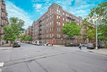 3572-3578 Dekalb Ave Studio-1 Bed Apartment for Rent Photo Gallery 1