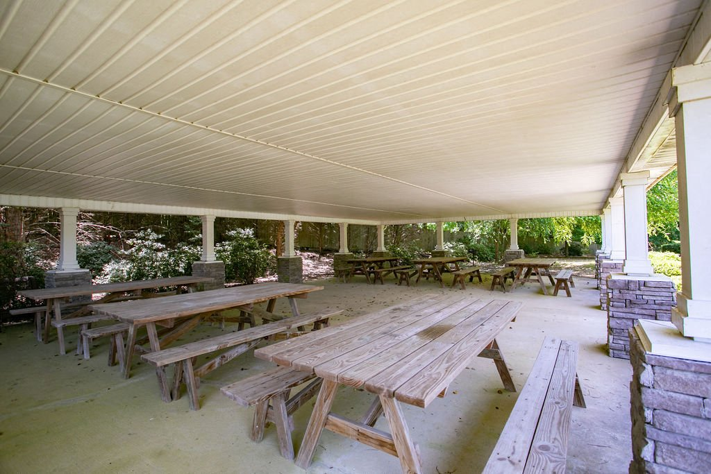 outdoor pavilion with picnic tables