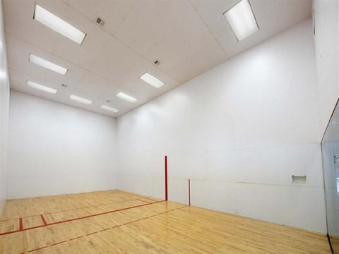 indoor racquetball