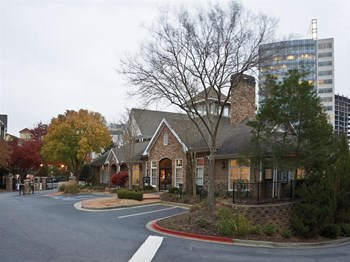 6210 Peachtree Dunwoody Road 1-3 Beds Apartment for Rent Photo Gallery 1
