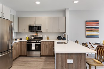 1401 Kings Hwy Studio-2 Beds Apartment for Rent Photo Gallery 1