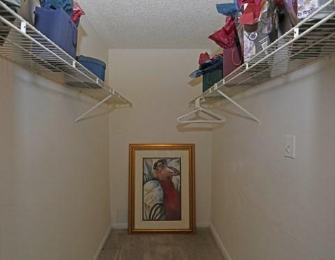 brookside manor apartments brandon fl walk in closet