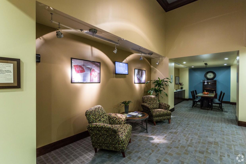 stahlman lobby area