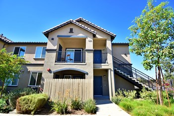 13068 Edgemont St 1-2 Beds Apartment for Rent Photo Gallery 1