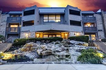 6565 W Foxridge Drive Studio Apartment for Rent Photo Gallery 1