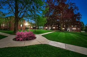 914 New Holland Avenue 1-2 Beds Apartment for Rent Photo Gallery 1