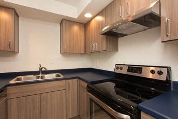 2222 SW Spring Garden Street Studio-3 Beds Apartment for Rent Photo Gallery 1