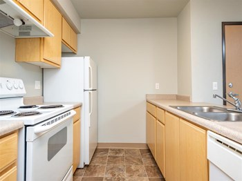 707 SW 10Th Street 2 Beds Apartment for Rent Photo Gallery 1
