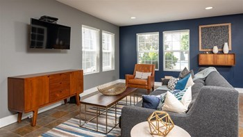 2489 Coral Ave NE 1 Bed Apartment for Rent Photo Gallery 1