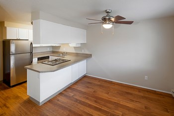 3180 NW Division St. 2 Beds Apartment for Rent Photo Gallery 1