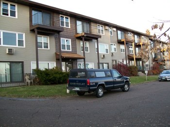 1125 Glen Place Drive 1-2 Beds Apartment for Rent Photo Gallery 1