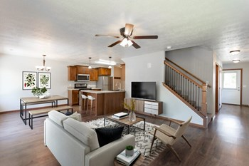 302 S Spring Place 3-4 Beds Townhouse for Rent Photo Gallery 1