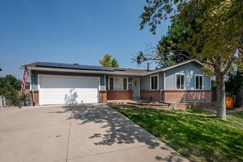 13721 W Dakota Avenue 3 Beds House for Rent Photo Gallery 1
