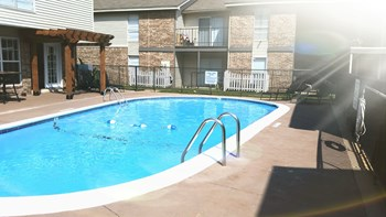 515 24Th Ave Northwest 1-2 Beds Apartment for Rent Photo Gallery 1