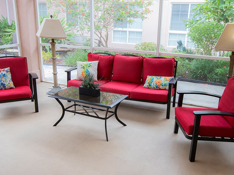 Resident Lounge at Savannah Court of The Palm Beaches, West Palm Beach, FL