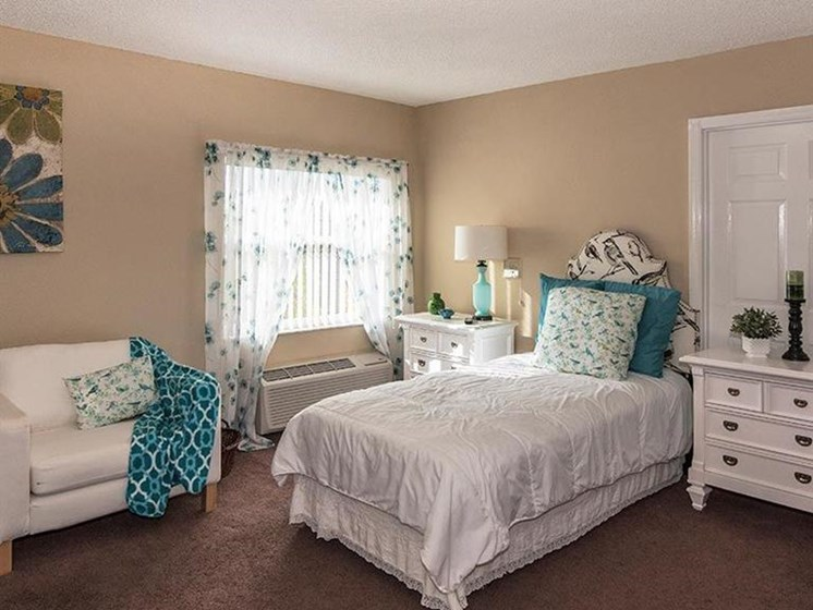 Bedroom With Natural Light at Sun City Senior Living, Ruskin, Florida
