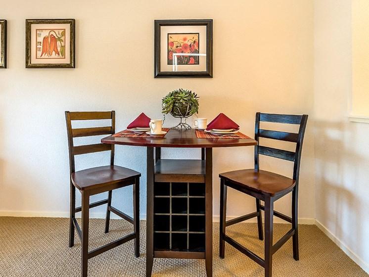 Marvelous Dine Area at Pacifica Senior Living Union City, Union City, CA