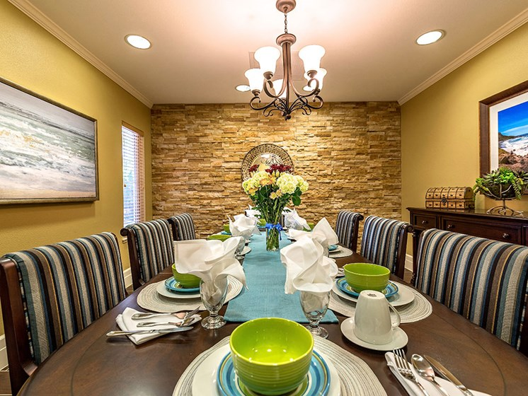 Artistic Finished Dining Room at Pacifica Senior Living Union City, Union City