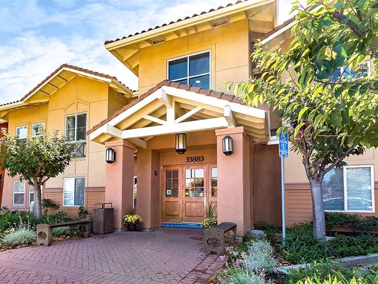 Elegant Exterior View at Pacifica Senior Living Union City, California, 94587